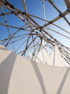 kunst-skulptur-bambus-sonnensegel-6